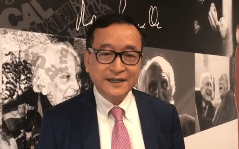 Sam Rainsy proclaims his return to the CNRP